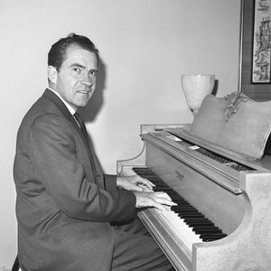 Аватар для Richard M. Nixon