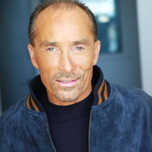 Avatar for Lee Greenwood