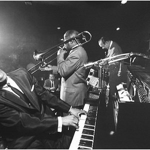 Avatar for Earl Hines and His Orchestra