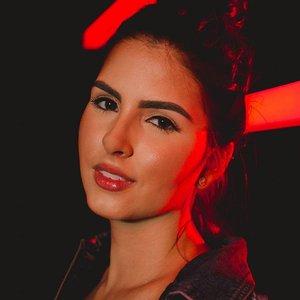 Avatar for Marcela Bueno