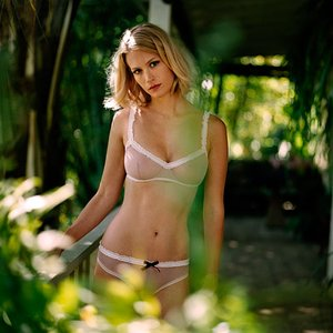 Avatar for January Jones