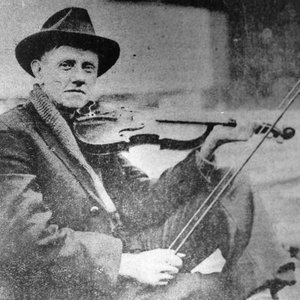 Image for 'Fiddlin' John Carson & His Virginia Reelers'