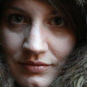Avatar for Erin Costelo