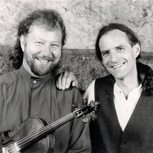 Avatar for Alasdair Fraser & Paul Machlis