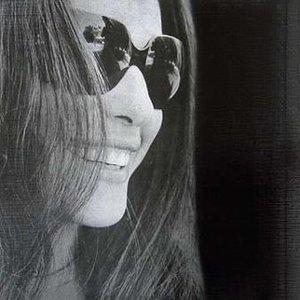 Pari Zangeneh için avatar