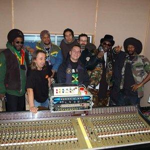Avatar for Improvisators Dub meets Iration Steppas