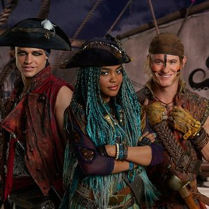 Avatar de China Anne McClain, Thomas Doherty & Dylan Playfair
