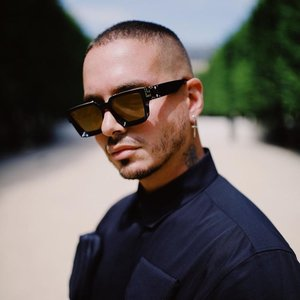 Avatar for J Balvin