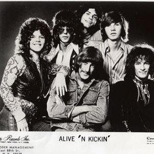 Avatar de Alive 'N Kickin'