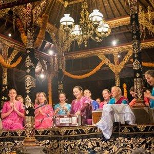 Avatar for Sri Chinmoy Bhajan Singers