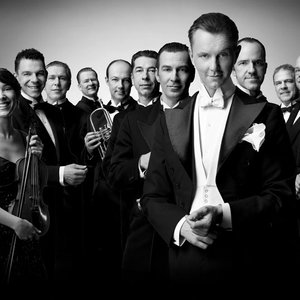 Avatar for Palast Orchester mit Max Raabe