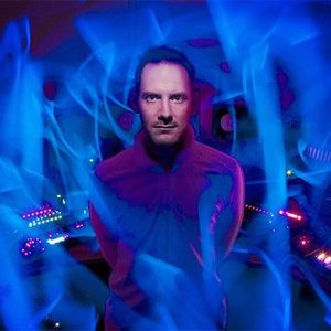 Avatar de Electric Universe feat. Chico