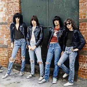 'Ramones' için resim