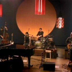Avatar for Norah Jones & The Handsome Band