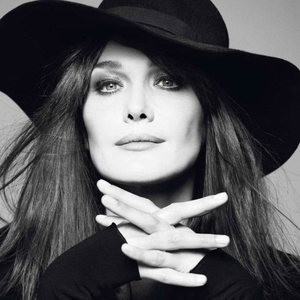 Carla Bruni photo provided by Last.fm