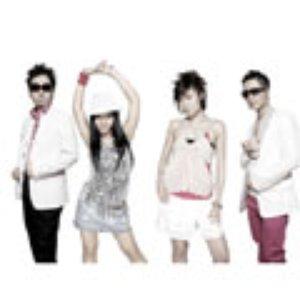 m-flo loves EMYLI & YOSHIKA のアバター