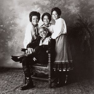 The Staple Singers のアバター