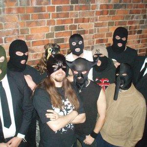 Zdjęcia dla 'Ten Masked Men'
