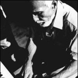 Avatar for Rubén González