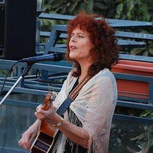 Avatar for Carolyn Hyde