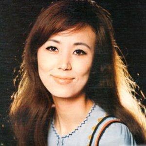 西田佐知子 のアバター