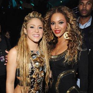 Изображение для 'Beyoncé & Shakira'