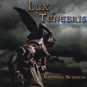 Lux ex Tenebris