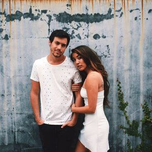 Avatar for Alex & Sierra