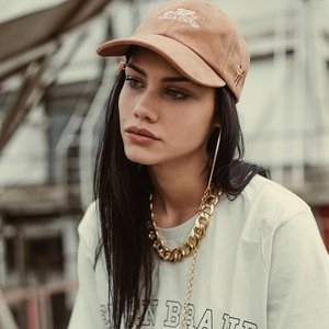 Avatar for Mariana Mello