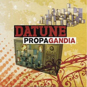 Propagandia (feat. Kamana)