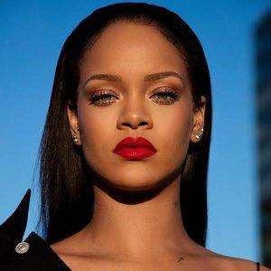 Rihanna 的头像