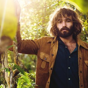Avatar for Angus Stone