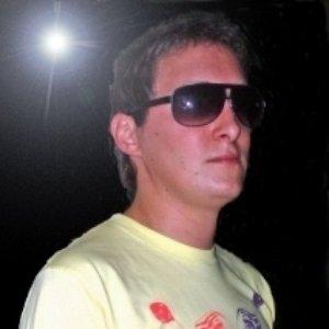 DJ Nicky T Remix のアバター
