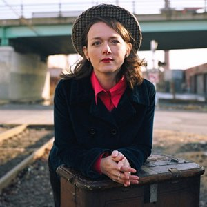 Аватар для Laura Cantrell