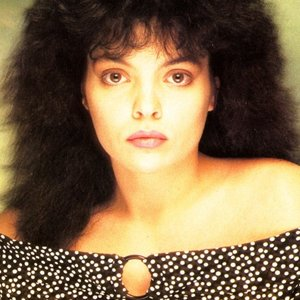 Céline Carzo için avatar