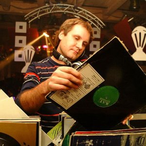 Avatar for DJ Loutka