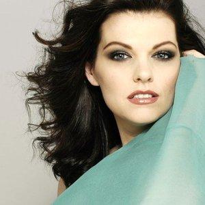 Kate Shindle için avatar