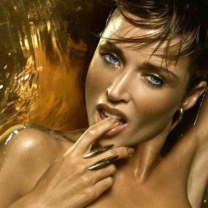 Аватар для Dannii Minogue