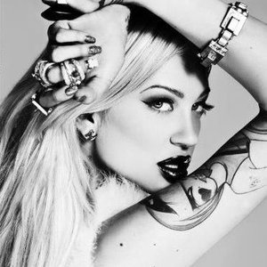 Avatar for Porcelain Black