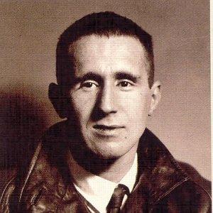 Avatar for Bertolt Brecht