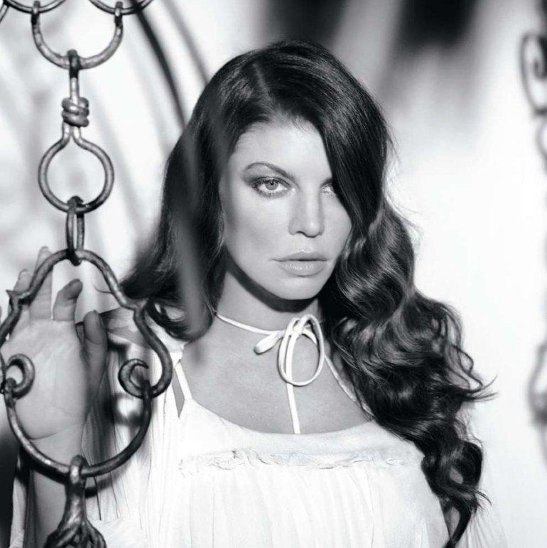 Fergie   ELLE US – may. 2010
