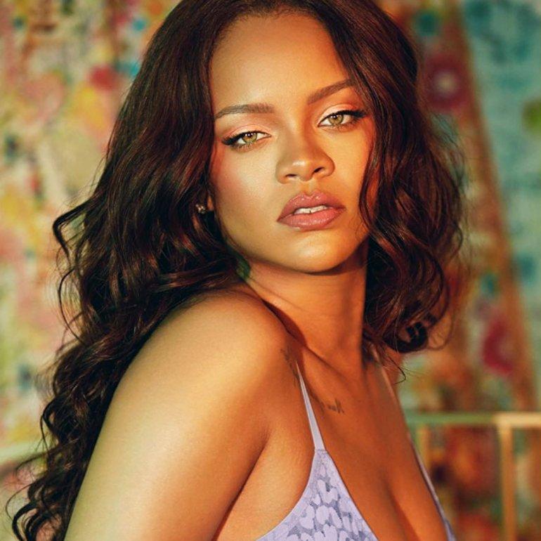 Rihanna | PNG