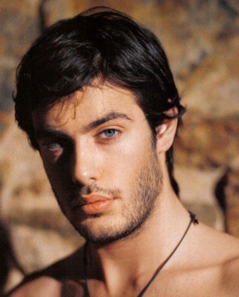 фото голубоглазых греков мужчин