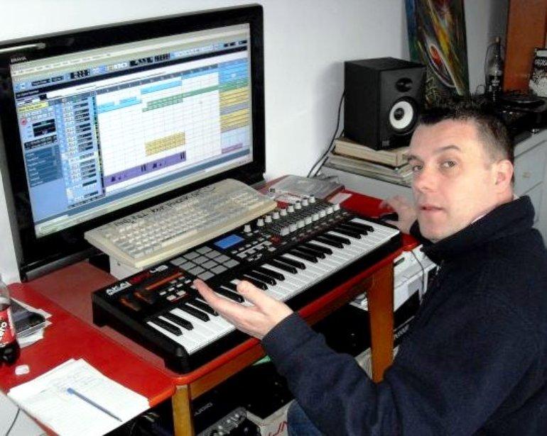 DJ Freshtrax