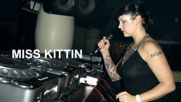Miss Kittin - Wireless Internet - YouTube