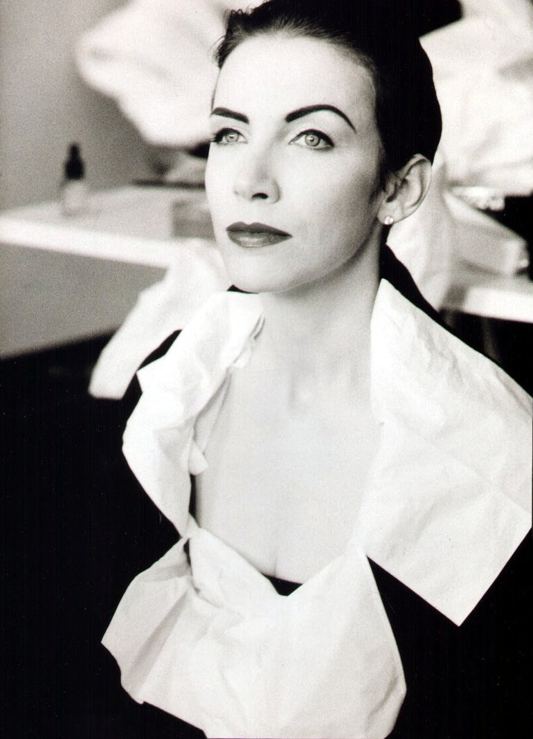Annie Lennox - Author's picture not found.