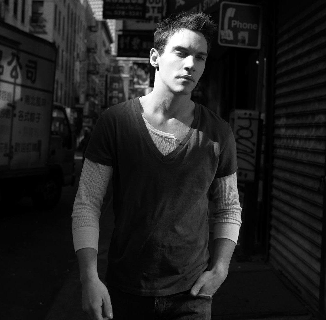 Jonathan Rhys Meyers Music Videos Stats And Photos Last Fm