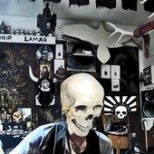 Dead Skeletons - studio