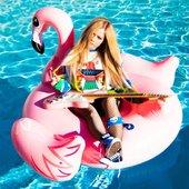 Avril Lavigne Instagram   01/12/2021