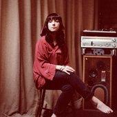 Laura Groves Photograph by Dan Wilton.jpg